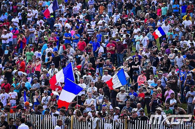 French Crowd