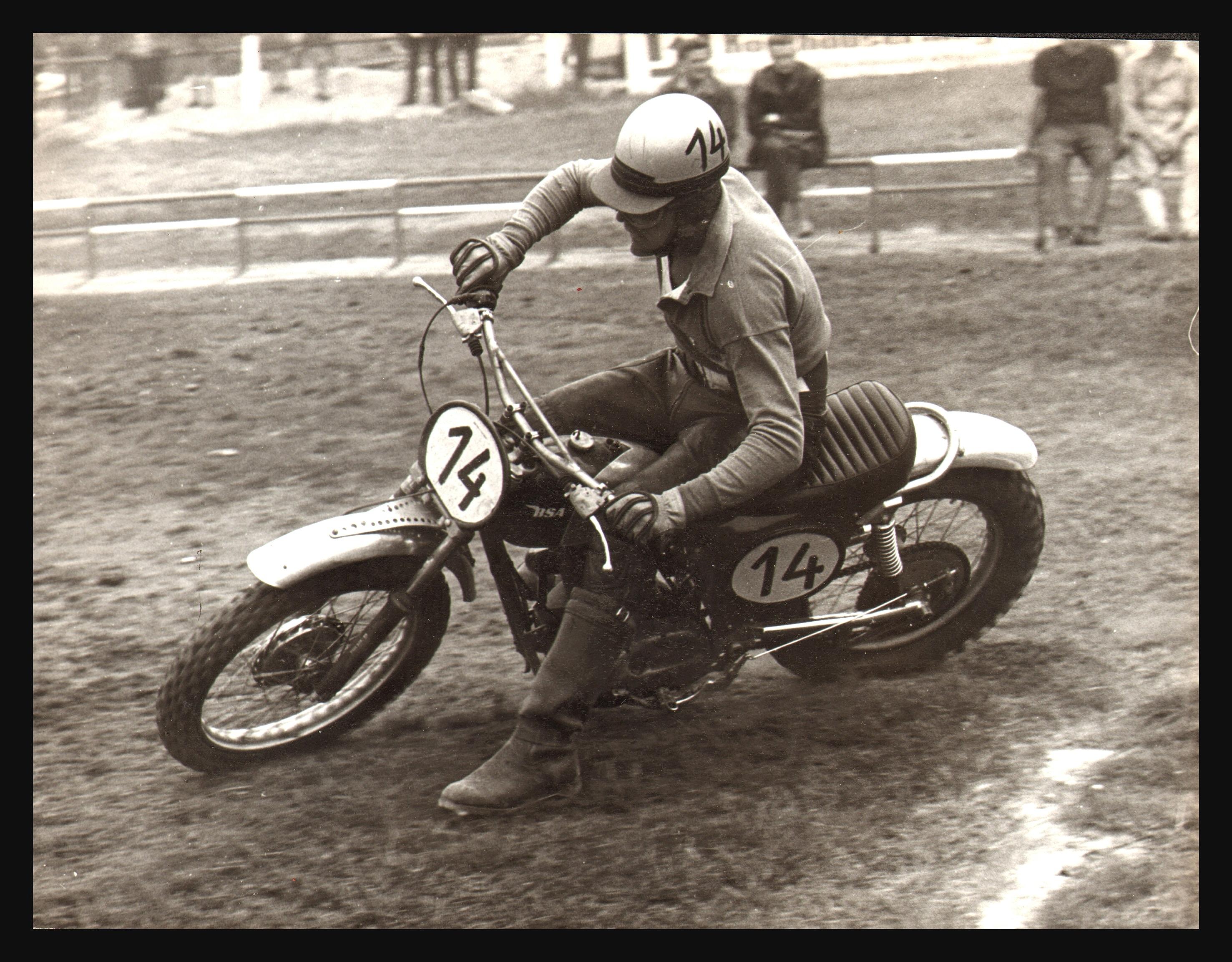 vintage-GP-1960s-12.jpg#asset:37242