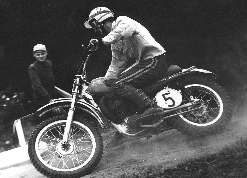 vintage-GP-1960s-14.jpg#asset:37244