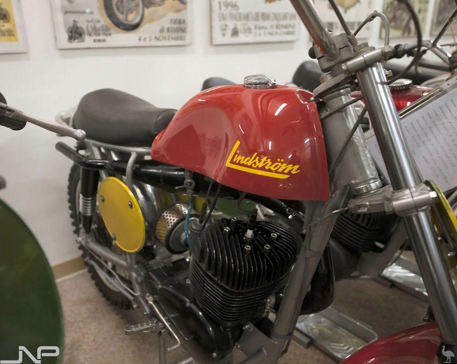 vintage-GP-1960s-37.jpg#asset:37267